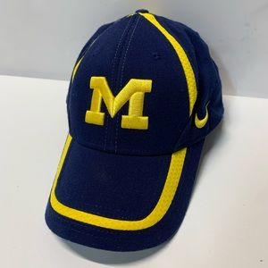Nike Team Michigan Wolverines Cap Hat M/L